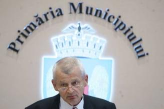 "PDL striga ""Jaf la Bucuresti!"" - cere comisie parlamentara de ancheta pentru Oprescu (Video)"