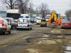 PETICEALA de pe Cosbuc merge mai departe: Fed Cup mai REPARA o strada din Galati (FOTO)