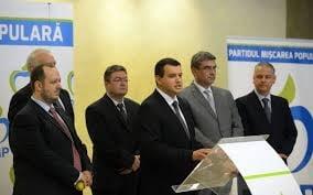 PMP - ce castiga dreapta din aparitia noului partid? (Opinii)