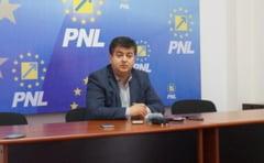 PNL Ialomita se pregateste de parlamentare, cu Tinel Gheorghe nr. 1 pentru Camera Deputatilor si Cristina Pocora la Senat
