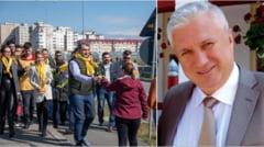 PNL Ramnicu Valcea se foloseste de imaginea unor elevi - minune. Tradator si complice: directorul Pana.