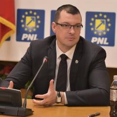 """PNL acuza PSD-ALDE ca vrea sa modifice atributiile Politiei folosindu-se de motiunea de cenzura: """"Pentru a acoperi abuzul de la Topoloveni"""""""