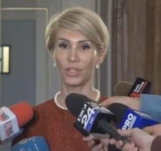 """PNL ameninta Guvernul cu motiunea de cenzura """"in secunda 2"""" daca adopta ordonantele si se asteapta la sustinere din PSD"""