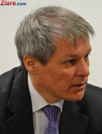 PNL isi face planuri cu Ciolos si ministrii lui - se intereseaza cum se descurca in sondaje