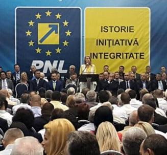 PNL promite ca dubleaza salariile medicilor imediat ce ajunge la guvernare