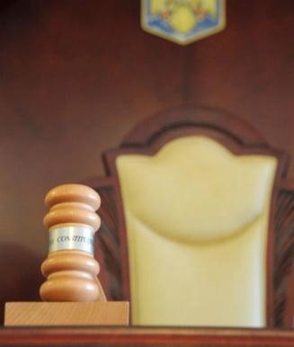 PNL si USR au atacat la CCR Legea privind combaterea spalarii banilor