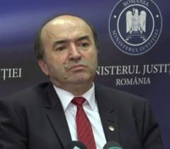 PNL si USR au depus o motiune simpla impotriva ministrului Justitiei: Pentru Toader primeaza interesele lui Dragnea