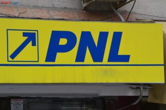 PNL strange bani pentru campanie prin crowdfunding