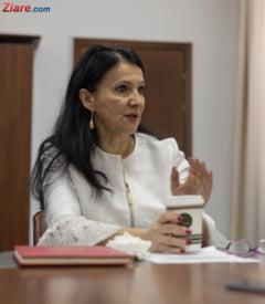 PNL va depune motiune impotriva ministrului Sanatatii: Sa plece acasa de manuta cu Olguta Vasilescu