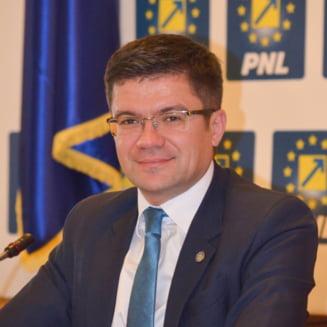 """PSD Iasi cere demisia lui Costel Alexe de la sefia Consiliului Judetean: """"Penalii trebuie sa isi vada de dosarele lor"""""""