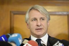 """PSD anunta ca S&P scade ratingul Romaniei si da vina pe """"forta lobby-ului"""". Cine este, de fapt, de vina si care vor fi consecintele"""