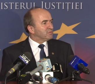 PSD fenteaza MCV? Modificarea Legilor Justitiei se face in Parlament, pentru ca Guvernul ar fi trebuit sa astepte raspunsul Comisiei de la Venetia