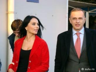 PSD merge la europarlamentare pe mana femeilor sexy?