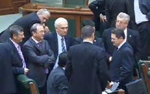 PSD renunta la revocarea lui Mircea Geoana de la sefia Senatului - surse