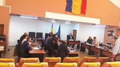 PSD si PNL au transformat Consiliul Local in maidan de scandal politic