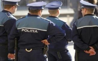 PTB: Opt politisti retinuti pentru lipsire de libertate si tortura. Ce au indurat victimele dupa ce le-au reprosat agentilor ca nu poarta masca de protectie