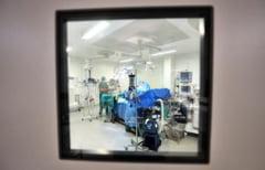 Pacienta inviata dupa 42 minute de moarte clinica