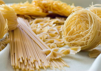 Painea, pastele si cartofi, utile in cura de slabire