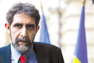 Pambuccian: Mi se rupe de casele ministrilor PD-L