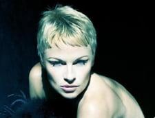 Pamela Anderson dezvaluie cum a fost violata de mai multe ori