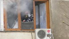 Panica intr-un bloc din Mangalia. Un apartament a ars