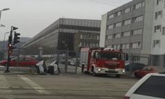 Panica la o fabrica de textile din Resita. O hala a fost evacuata dupa ce un ventilator a luat foc