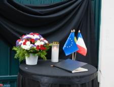 Panourile publicitare, folosite pentru a se cere pedeapsa cu moartea pentru teroristi, in Franta