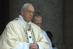 Papa Francisc: Barfa este un fel de terorism. Muscati-va limba