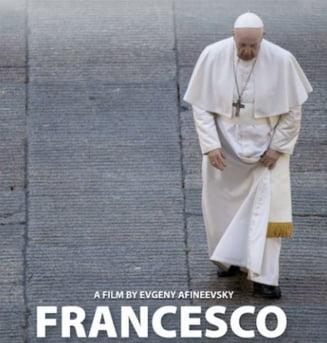 "Papa Francisc, dezvaluiri fara precedent in documentarul ""Francesco"". Cand are loc premiera filmului in Romania"