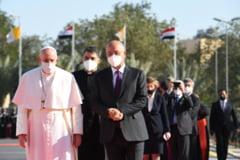 """Papa Francisc, in timpul vizitei istorice in Irak: """"Credinciosii nu pot ramane tacuti atunci cand terorismul abuzeaza de religie"""""""