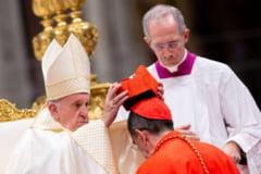 Papa Francisc a numit 13 noi cardinali, intre care si primul cardinal de culoare din Statele Unite