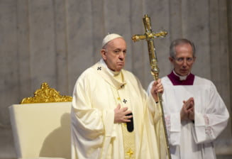 Papa Francisc a parasit Vaticanul si s-a rugat la Roma pentru victimele din Liban