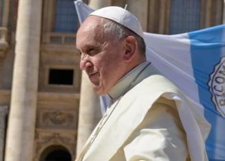 """Papa Francisc cheamă credincioșii să se roage ca """"zgomotul armelor să înceteze"""" în Afganistan"""
