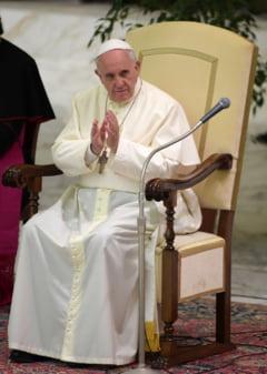 Papa Francisc implineste sambata 80 de ani - Cum ii poti trimite mesaje de felicitare