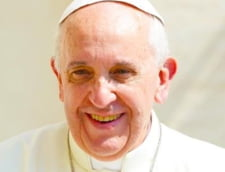 Papa Francisc se duce la Burger King si apoi ataca in public consumerismul (Video)