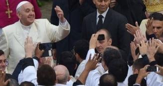 Papa Francisc vrea sa reformeze Biserica Catolica - cere descentralizarea puterii de la Vatican