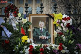 Parastasul de 40 de zile de la moartea regelui Mihai I va avea loc, azi, la Curtea de Arges