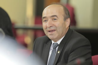 Parchetul General ancheteaza cum a obtinut Tudorel Toader un post de notar la Iasi