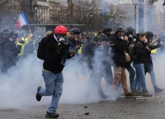 "Paris: 106 ""veste galbene"" au fost retinute la protestele de sambata"