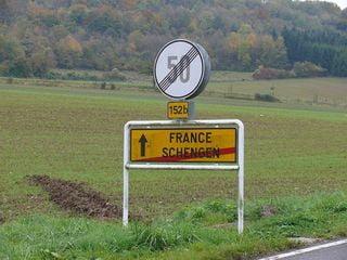 Parisul dezminte ca s-ar opune aderarii Romaniei si Bulgariei la Schengen