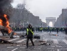 Parisul sta pe un butoi cu pulbere. Iar criza din Franta e abia la inceput