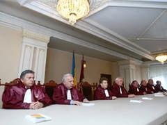 Parlament: CCR, arbitru al tuturor conflictelor politice, daca se pronunta pe hotarari