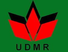 Parlamentari UDMR semneaza plangerea impotriva lui Basescu