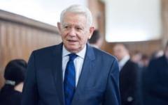 Parlamentarii Melescanu, Gerea, Durbaca si Caprar initiaza o lege prin care firmele sunt obligate sa angajeze pensionari pe post de consilieri