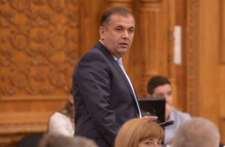 """Parlamentarii PSD si AUR au parasit sedinta in care se discuta rapoartele Avocatului Poporului: """"Vreti sa-l schimbati pentru ca a avut dreptate de foarte multe ori"""""""