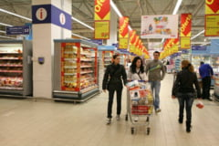 Parlamentarii discuta azi daca ne inchid sau nu supermarketurile in weekend