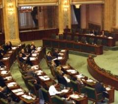 Parlamentarii se cearta pe scoaterea coruptiei din Codul penal