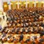 Parlamentarii si-au votat pensiile speciale. Cati bani vor primi