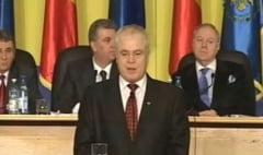 Parlamentarii si-au votat statutul - Perioada de contestare a incompatibilitatii creste la 45 de zile