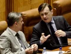 "Parlamentul ""obez"", chiulangiu si ineficient - raport IPP"